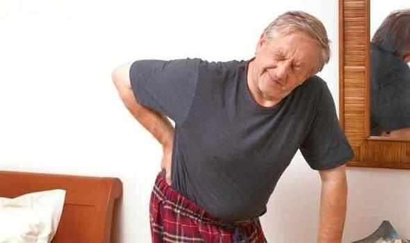 Người già bị béo phì có nguy cơ đau nhức xương khớp