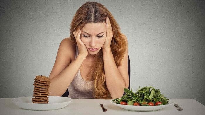 Người bệnh có cảm giác ăn không ngon miệng