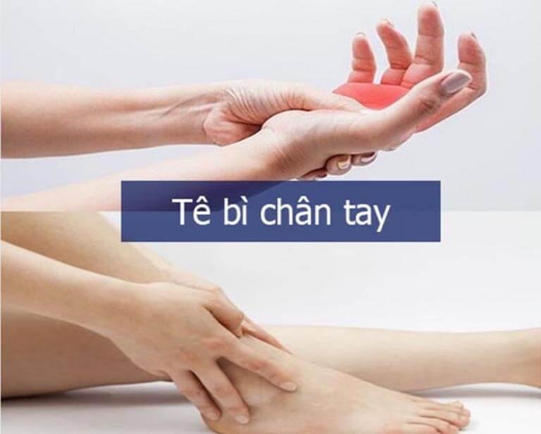 Tê bì chân tay cũng là biểu hiện của bệnh phong thấp