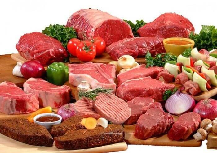 Các loại thịt đỏ sẽ gây áp lực trong tiêu hóa cho dạ dày, khiến lượng acid tiết ra nhiều hơn