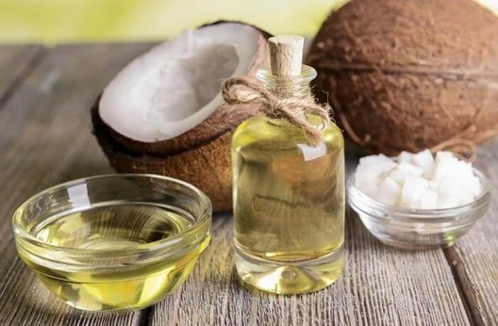 Dầu dừa giúp ngừa rụng tóc hiệu quả