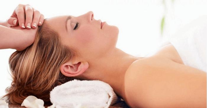 Massage da đầu thường xuyên và đúng cách giúp ngăn ngừa rụng tóc, hói đầu