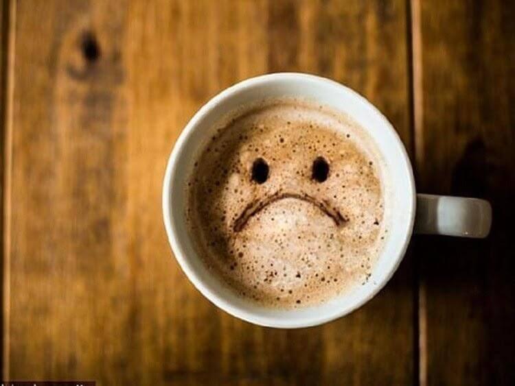 Cafe hay các thức uống chứa chất kích thích gây mất ngủ