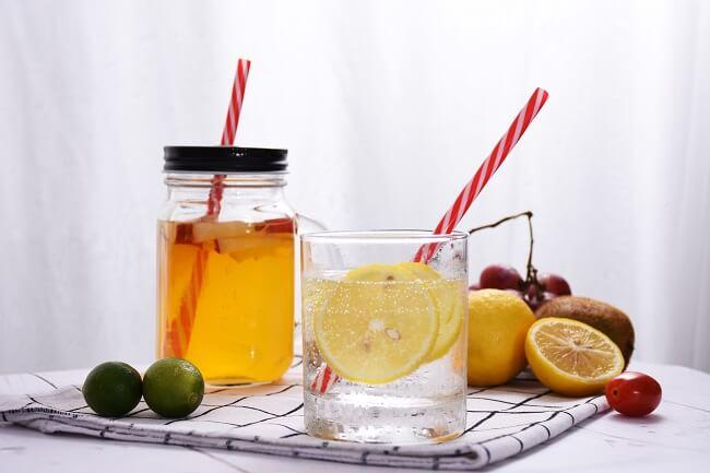 Nước chanh chứa nhiều vitamin C có sức đề kháng cho cơ thể tốt