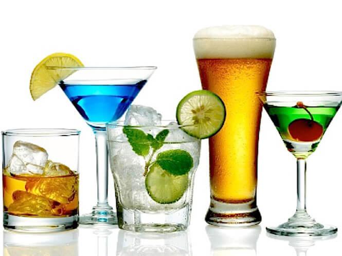 Bia rượu và đồ uống có ga không tốt cho người bị bệnh trĩ