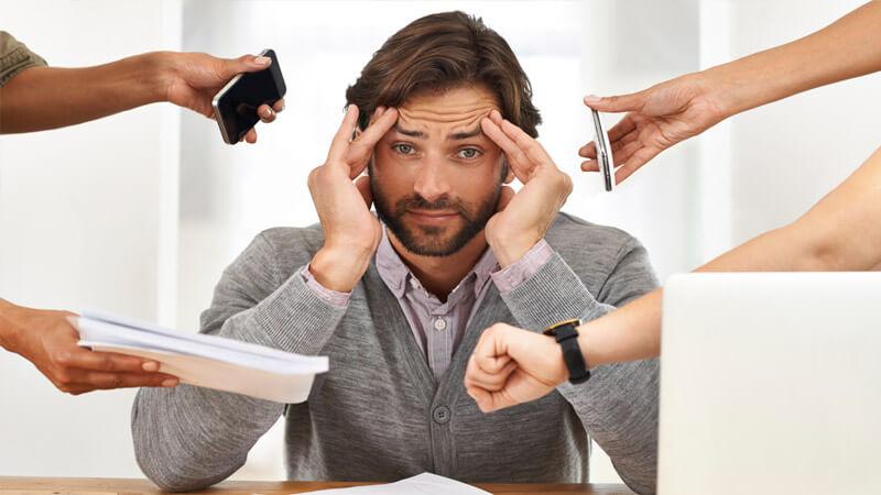 Căng thẳng stress kéo dài cũng là nguyên nhân gây nên bệnh đặc biệt là người trẻ tuổi