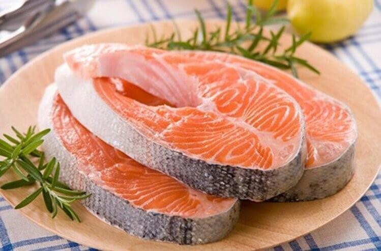 Chất dinh dưỡng trong cá giúp bổ thận, tráng dương và giãn nở mạch máu