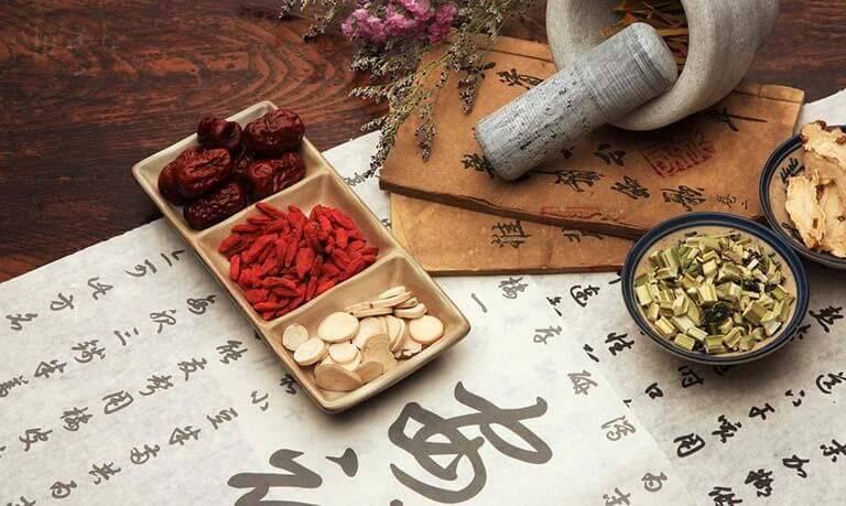 Phương pháp điều trị bệnh bằng thuốc Đông y