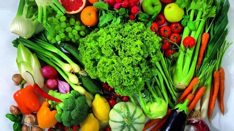 Rau xanh chứa nhiều vitamin