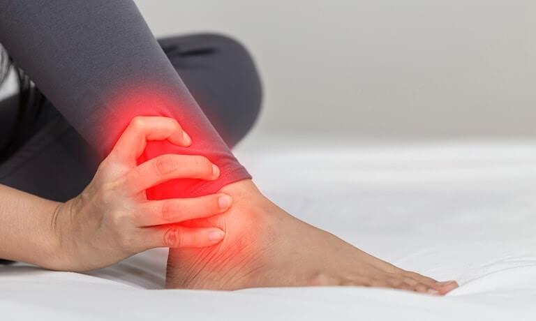Viêm khớp cổ chân là gì?