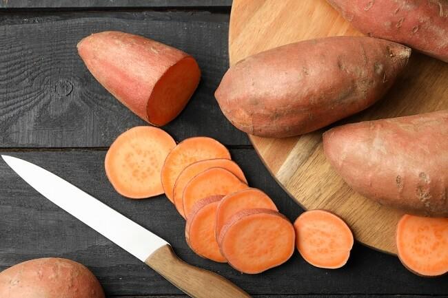Ăn nhiều khoai lang giúp làm lành các vết loét trong dạ dày