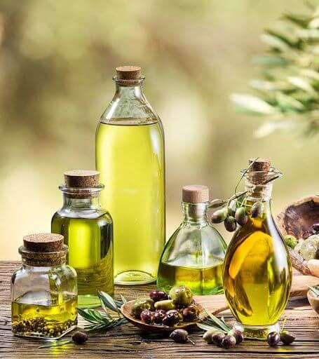Dầu ô liu là một trong loại dầu ăn được khuyên sử dụng