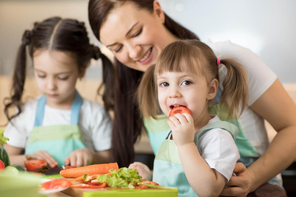 Mỗi lứa tuổi có nhu cầu dinh dưỡng khác nhau